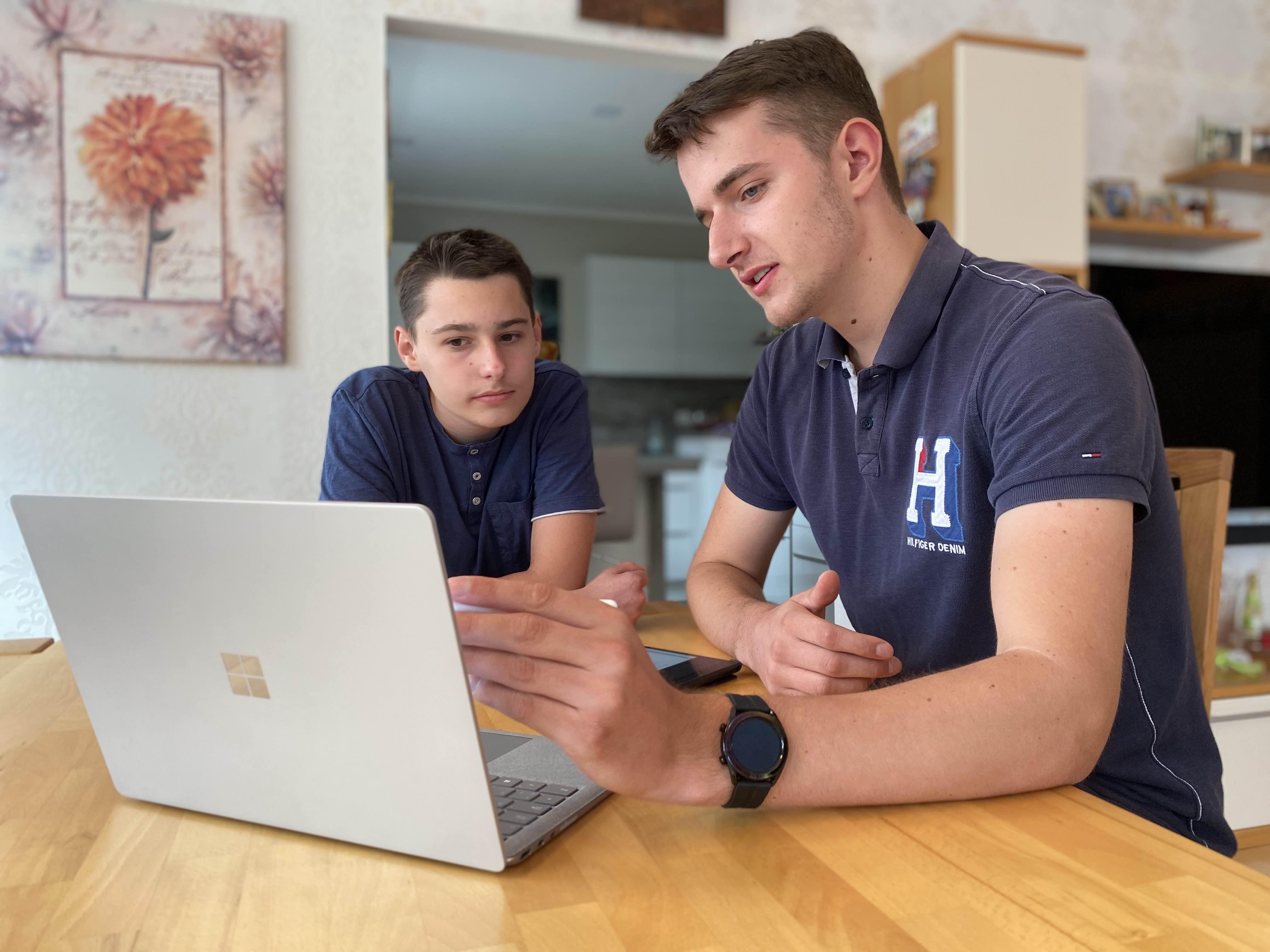 Nachhilfe in Zwenkau - Vincent unterrichtet Mathe persönlich